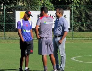 Diego Souza, Daniel Freitas e Cristóvão Borges vasco treino (Foto: Gustavo Rotstein / Globoesporte.com)