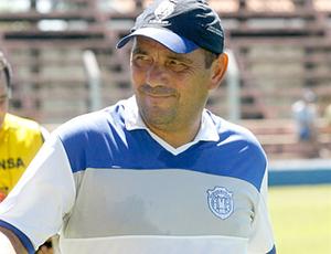Técnico do Monte Azul, Betão Alcântara (Foto: Divulgação / Atlético Monte Azul)