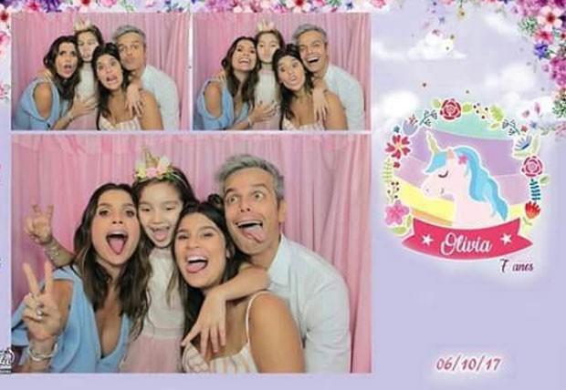 Flávia, Olívia, Giulia e Otaviano (Foto: Reprodução Instagram)