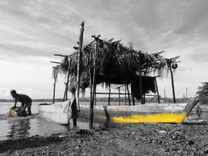 Obras propõem reflexão acerca da relação entre a lagoa Mundaú e maceioenses (Foto: Jorginho Vieira/Divulgação)