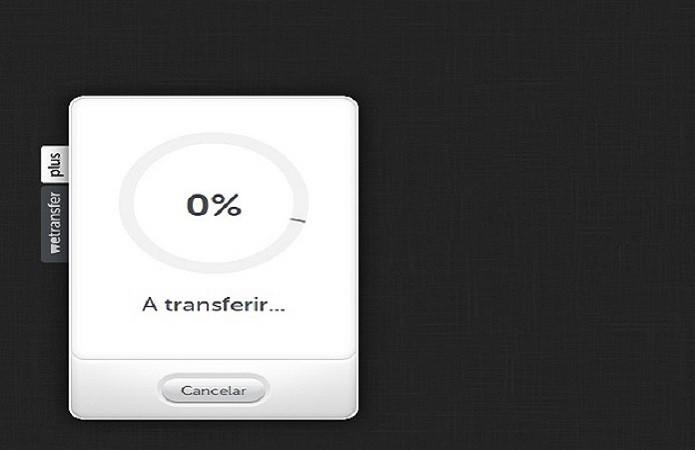 Carregamento do arquivo é feito logo após o preenchimento dos dados