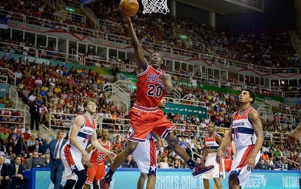 Tony Snell basquete jogo NBA Bulls x Wizards (Foto: Getty Images)