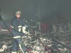 Incêndio destrói clube na região central de Pato Branco, no Paraná