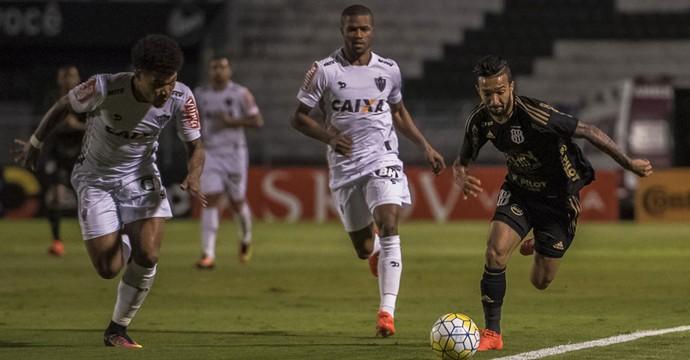 Ponte Preta x Atlético-MG Copa do Brasil (Foto: Fabio Leoni / PontePress)
