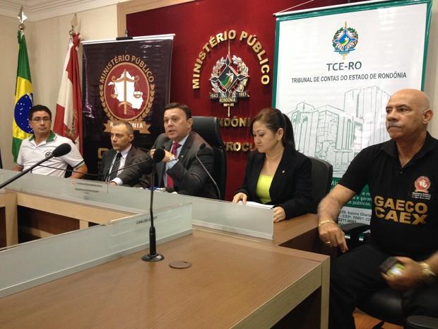 Ministério Público concedeu coletiva da Operação Zagreu, nesta segunda, 15 (Foto: Gaia Quiquiô/G1)