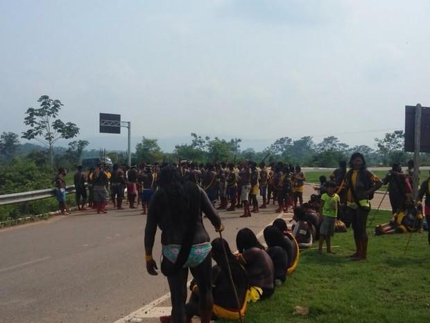 Indígenas denunciam que emrpesa descumpriu ordem de suspensão de atividades de mineração em Onça Puma (Foto: Terra dos Índios Xikrim)