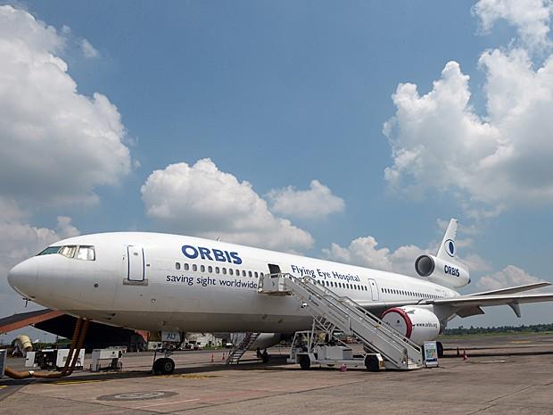 Avião Orbis (Foto: Dibyangshu Sarkar/AFP)