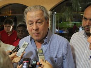 José Dirceu em encontro com militantes petista do Piauí em Teresina (Foto: Yara Pinho)