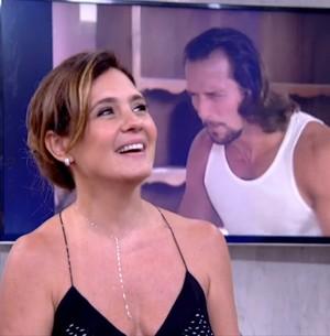 Adriana Esteves volta a trabalhar com o marido  (Reprodução/ TV Globo)