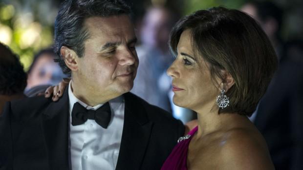 Gloria Pires e Cassio Gabus Mendes em Babilnia (Foto: Divulgao/Rede Globo)
