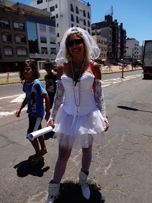 Fãs Madonna Porto Alegre (Foto: Luiza Carneiro/G1)