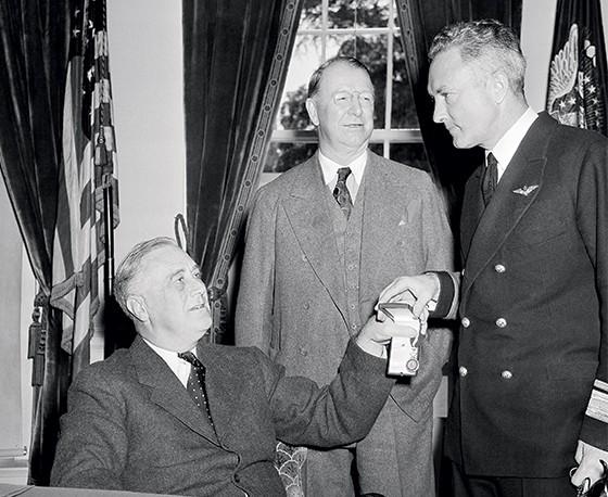 Franklin Roosevelt na Casa Branca (Foto: George R. Skadding/AP)