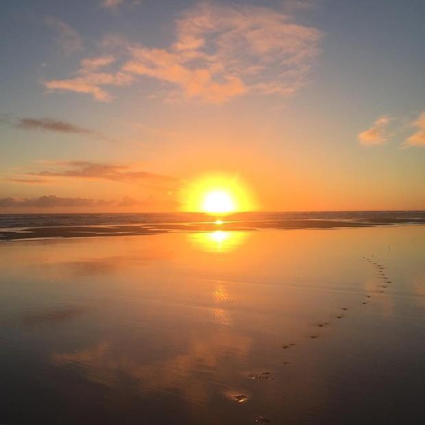 Mariana Goldfarb posta foto de praia (Foto: Reprodução / Instagram)