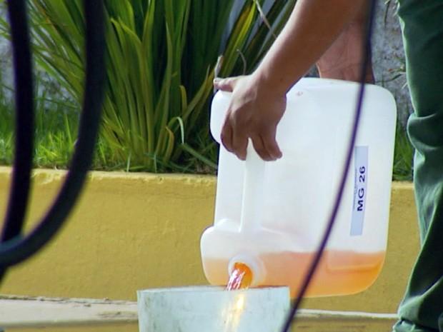 Polícia Federal constatou que amostras de combustíveis estavam adulteradas (Foto: Reprodução EPTV)