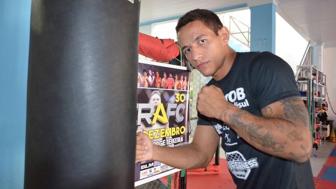 Bruno Viana lutar de MMA Rondônia (Foto: Dennis Weber)