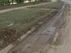 Avenida próxima ao Rio Sorocaba permanece interditada devido à lama