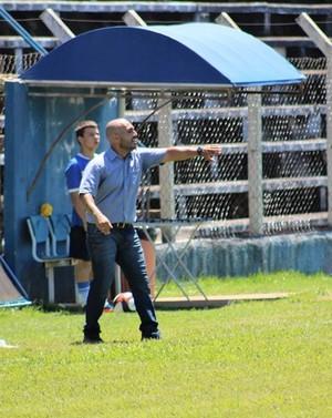Rafael Guanaes técnico Monte Azul (Foto: Divulgação / Atlético Monte Azul)