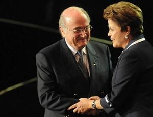 joseph blatter e dilma rousseff sorteio da copa do mundo 2014 (Foto: André Durão / GLOBOESPORTE.COM)