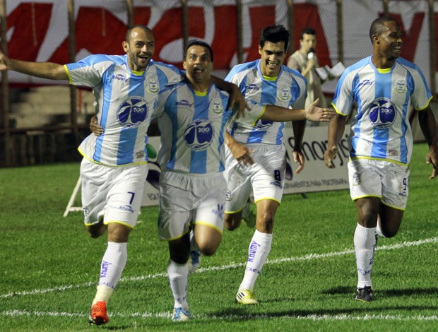 Macaé x Mogi Mirim - Série C - Marcelo comemora gol 4 (Foto: Tiago Ferreira/Divulgação)