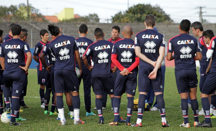 Grupo do Paraná reunido  (Foto: Douglas Trevisan / Divulgação Paraná)