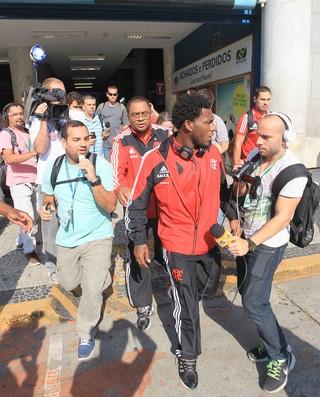 Amaral Desembarque Flamengo (Foto: Márcio Mercante)