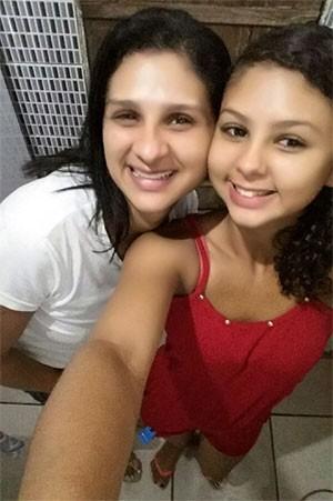 Kelly Cristina Pereira e a filha dela, Kassia Fabíola Pereira de Oliveira (Foto: Arquivo Pessoal)