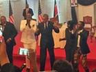 Vídeos mostram Obama dançando ao som de hit queniano