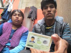 Pais de boliviano morto (Foto: Kleber Tomaz / G1)