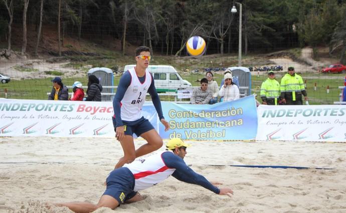 Saymon e Márcio disputam etapa na Colômbia (Foto: Divulgação/CBV)