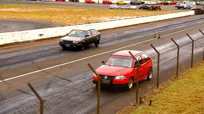 Os carros de arrancada são dividos em 19 categorias, de acordo com suas características (Foto: reprodução EPTV)