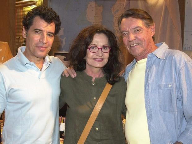 Paulo Betti (Miguel), Rosamaria Murtinho (Naná) e John Herbert (Horácio)