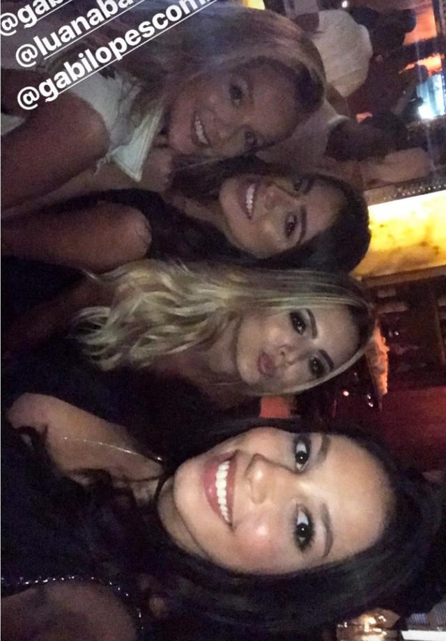 Luciana Chamone e suas amigas na after party de Justin Bieber (Foto: Instagram/Reprodução)