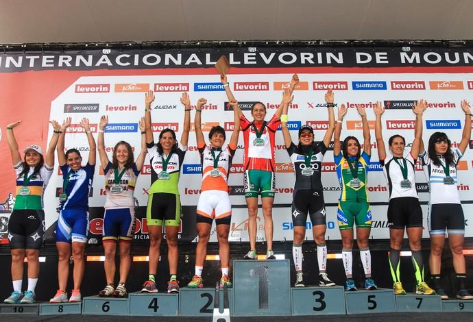 CIMTB Araxá Pódio Geral Feminino mountain bike (Foto: Alvaro Perazzoli/Ag. Laborazoli)