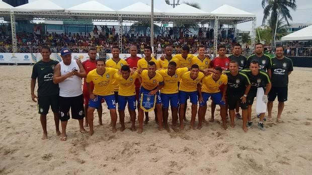 O camisa 7 Rodrigo foi o destaque nas areias de São Pedro da Aldei (Foto: Paulo Henrique Cardoso/G1)