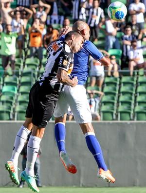 Otamendi e Bruno Rodrigo Atlético-MG x Cruzeiro (Foto: Bruno Cantini)
