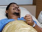 Homem se recupera após píton morder seu pênis na Tailândia
