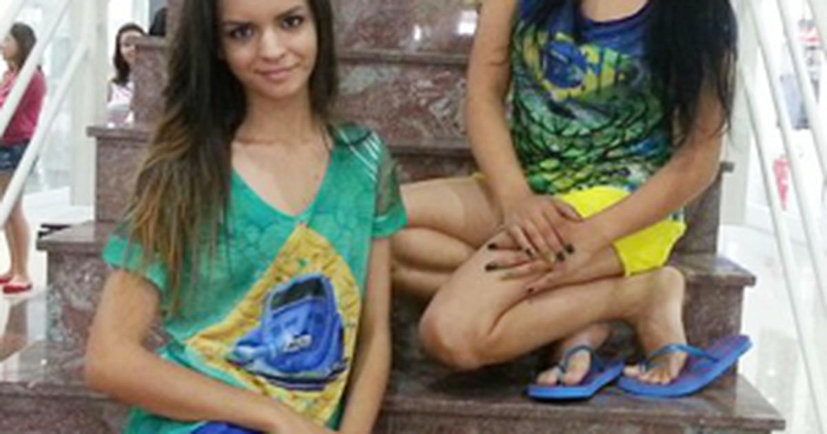 d35420f41 G1 - Cores da bandeira do Brasil inspiram moda para a Copa em Divinópolis -  notícias em Centro-Oeste