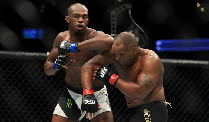 Jon Jones x Daniel Cormier, UFC 214, MMA (Foto: Getty Images)