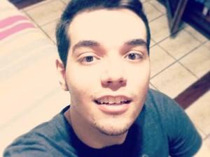 O estudante Danilo Amaral afirma estar satisfeito com a internet paga em Vinhedo (SP) (Foto: Arquivo Pessoal/ Danilo Amaral)