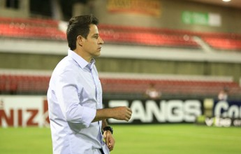 "Ramon Menezes apaga derrota e mira o próximo desafio: ""Não temos tempo"""
