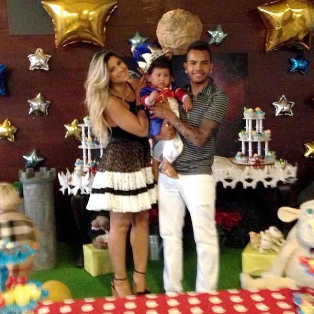 Dentinho comemora aniversário do filho (Foto: Reprodução / Instagram)