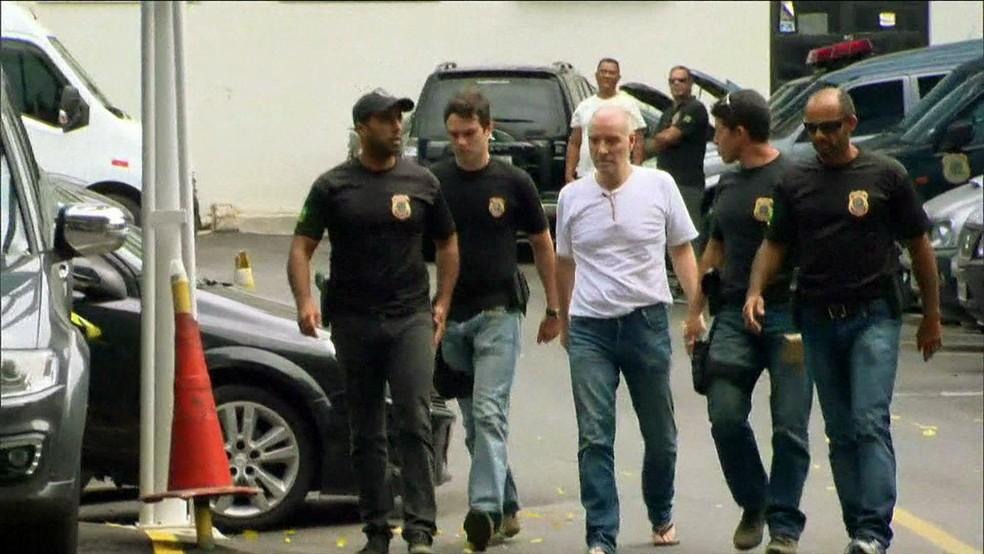 Eike Batista tem até esta quarta-feira (17) para pagar fiança de R$ 52 milhões (Foto: Reprodução/GloboNews)