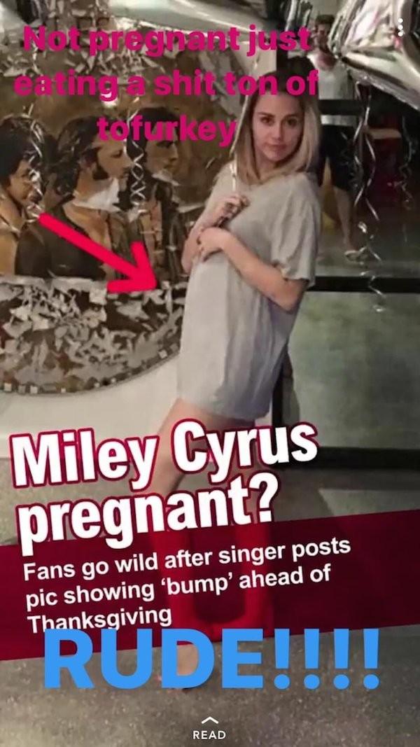 A foto na qual Miley Cyrus diz não estar grávida, que apenas comeu demais (Foto: Twitter)