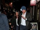 Príncipe Harry e Meghan Markle fazem passeio romântico por Londres