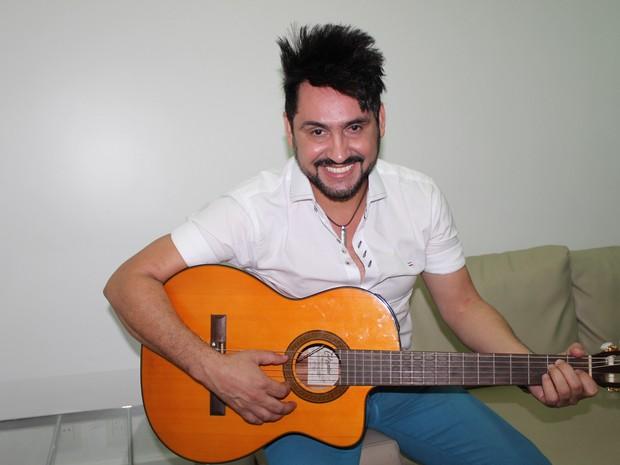 Mariozan Rocha comemora sucesso e diz esperar o melhor do público da Cidade Junina (Foto: Catarina Costa)