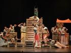 Peça de teatro 'Escola de Mulheres' é apresentada em Araxá