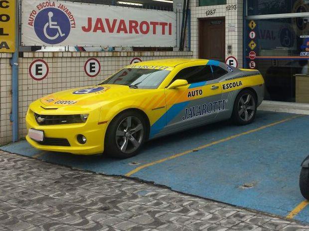 Camaro é utilizado para promoção da empresa (Foto: Divulgação)
