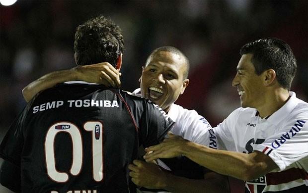 Ceni, Luis Fabiano e Lúcio São Paulo (Foto: Rubens Chiri / saopaulofc.net)