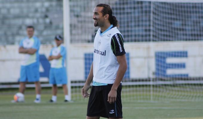 Treino do Grêmio no Olímpico (Foto: Diego Guichard)