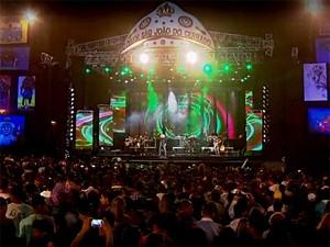 Palco do Maior São João do Cerrado durante show da dupla Pedro Paulo e Matheus (Foto: TV Globo/Reprodução)
